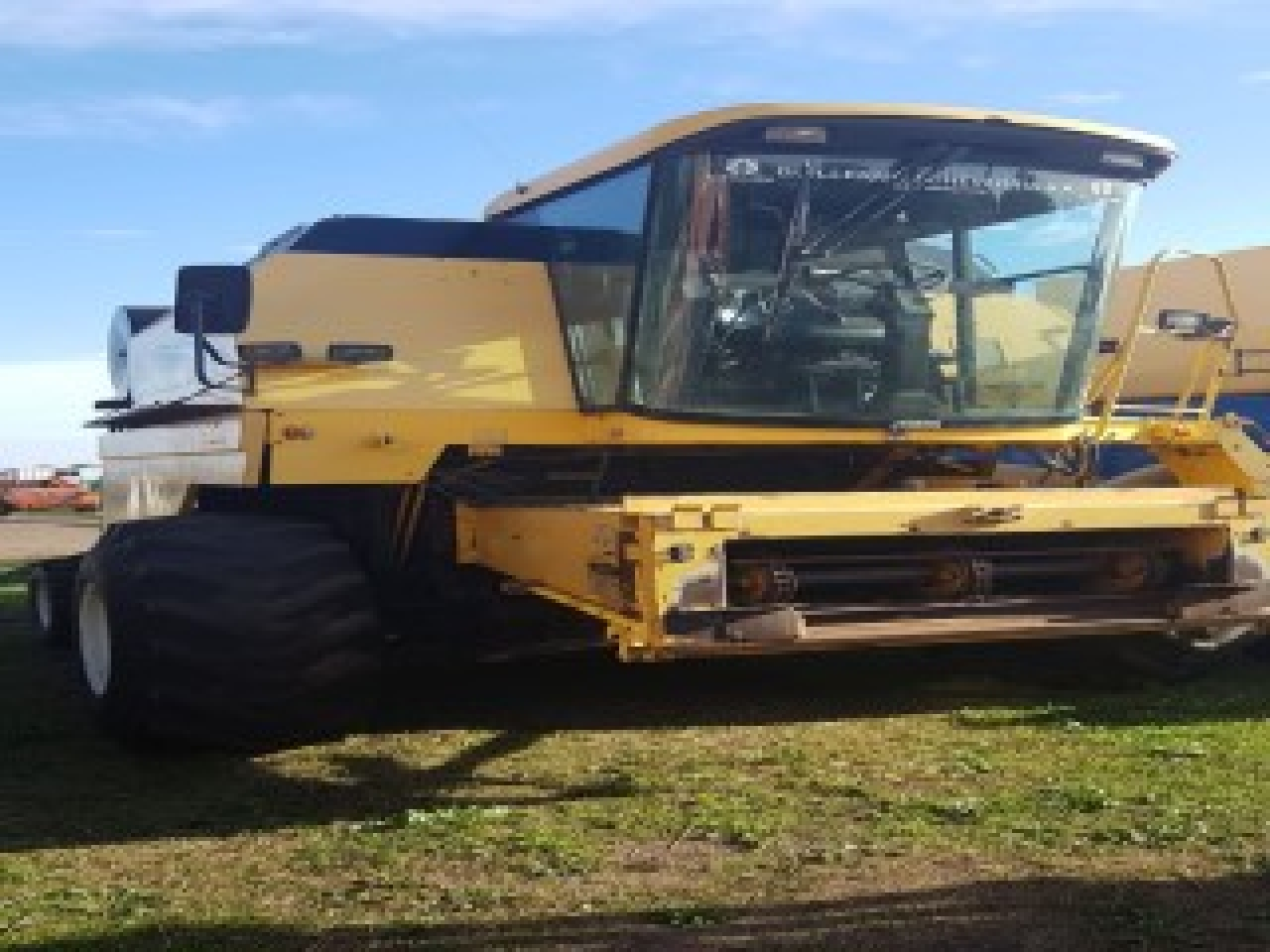 NEW HOLLAND TC57