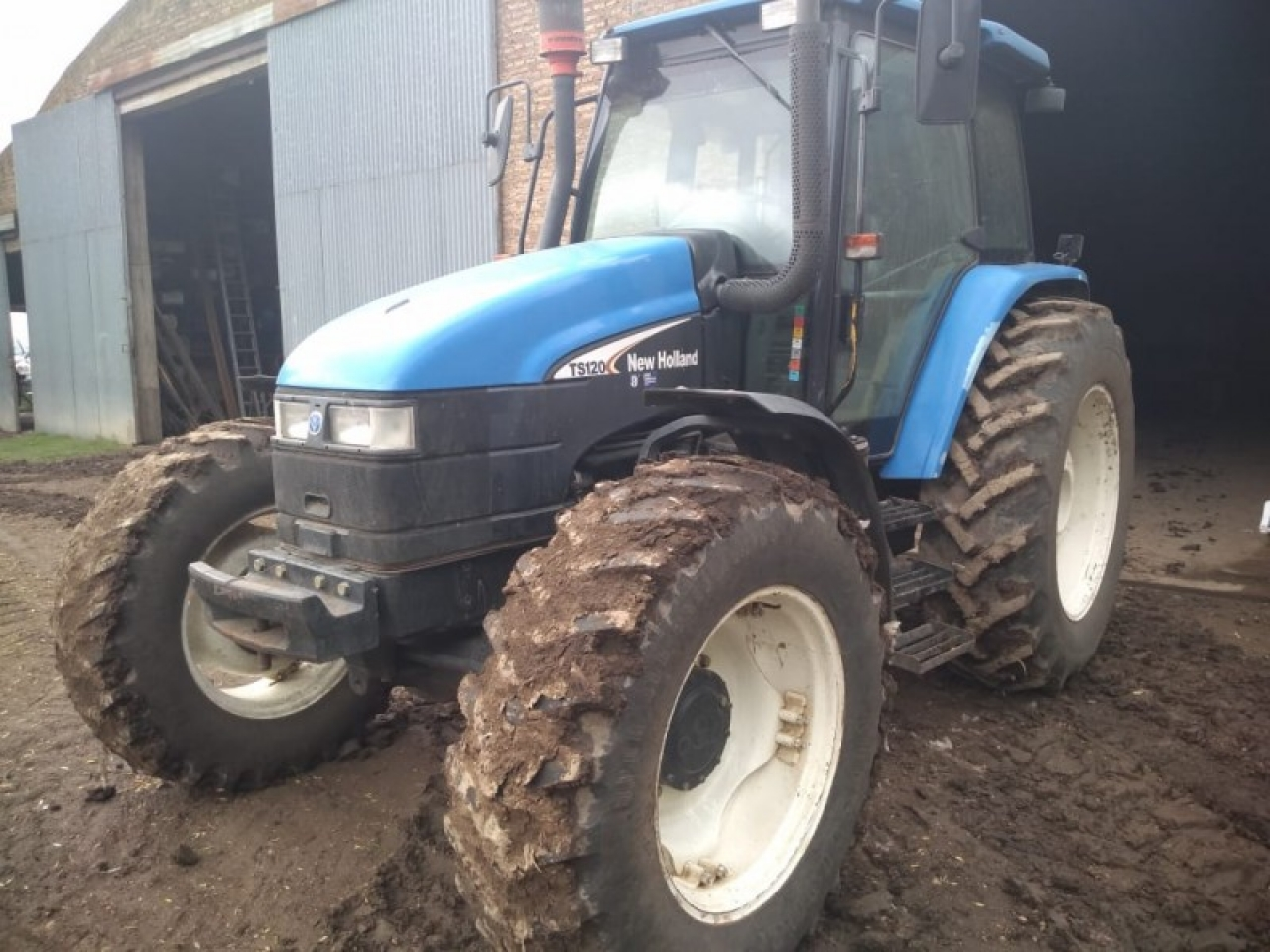 NEW HOLLAND TS 120 DT NEW HOLLAND