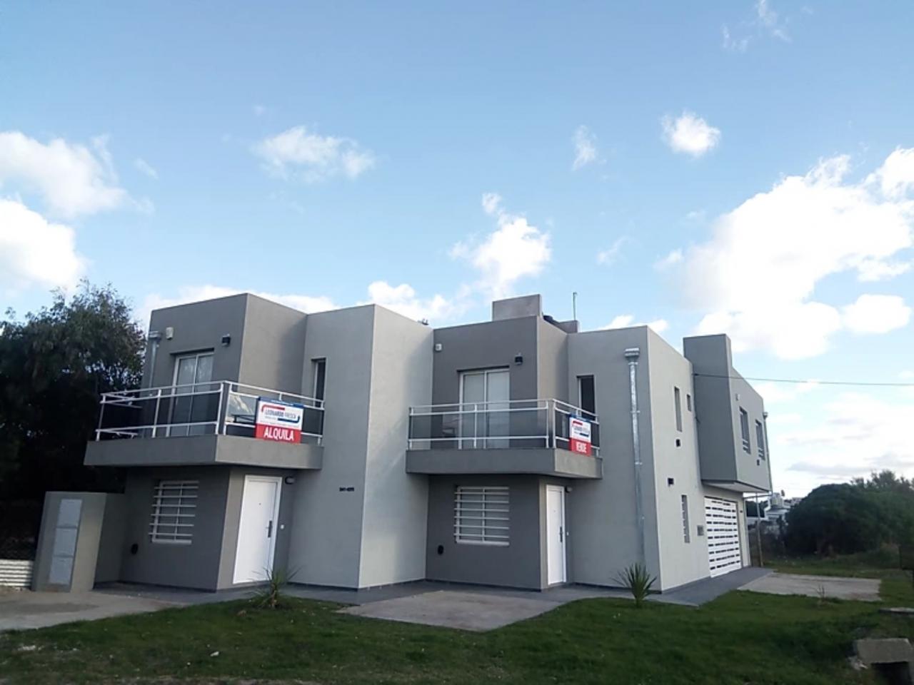 Quequén Duplex en venta a ESTRENAR a 100 mts de la Playa